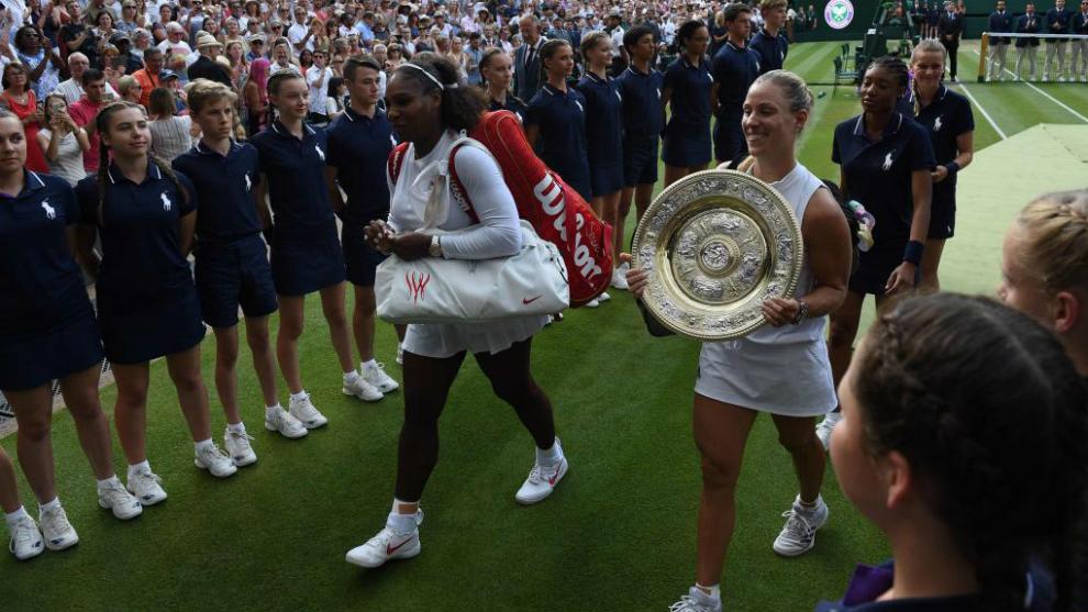 Kerber stuns Williams to win first Wimbledon crown