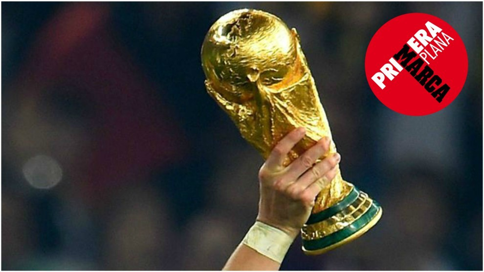 World cup picture trophy