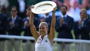 Kerber, con el trofeo de campeona