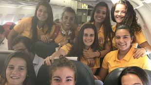 Las jugadoras de la selección española Sub'19 posan en el...