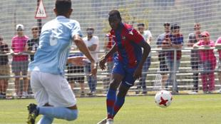 Aly, en un partido de la temporada pasada con el Levante Atlético