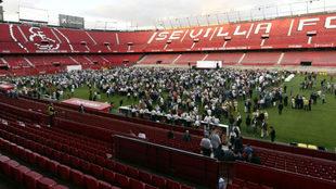 Imagen del estadio en la cita Fieles de Nervión.