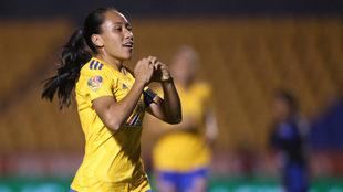 Tigres Femenil inicia con victoria la defensa de su título.