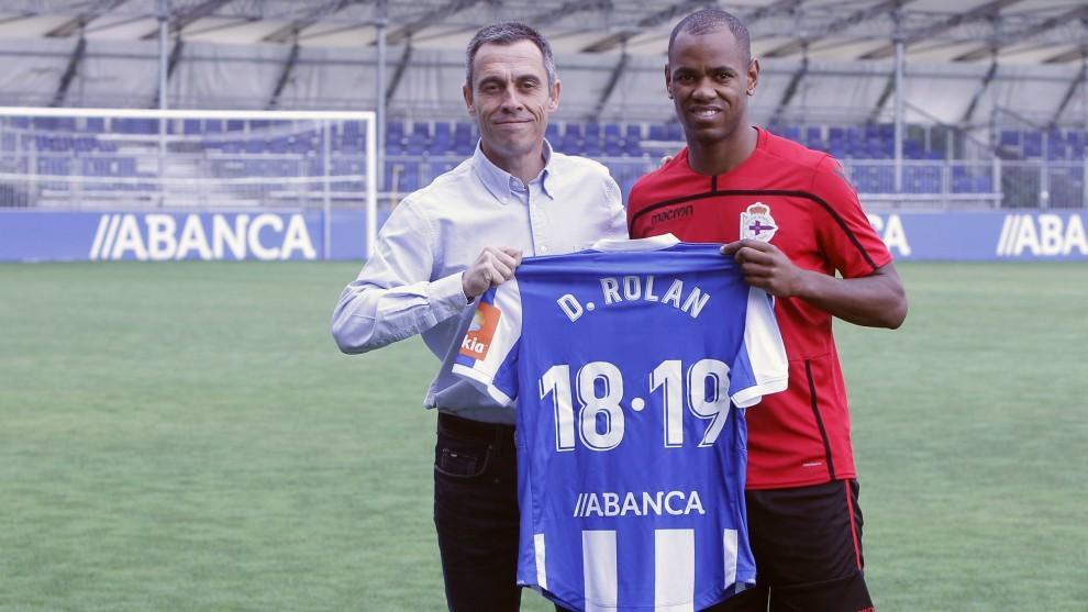 Diego Rolan fue presentado como nuevo jugador del Deportivo.