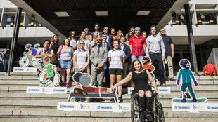 Foto de familia de los asistentes a las jornadas '#Paraemojis:...