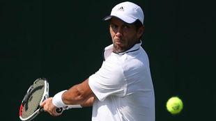 Fernando Verdasco durante un partido en Wimbledon.