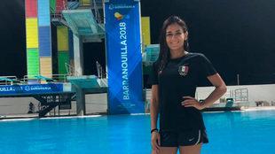 Paola Espinosa posa en la alberca en Barranquilla 2018