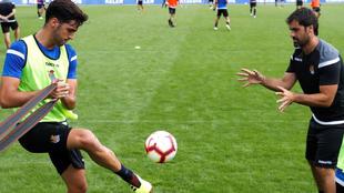 Merino, en un entrenamiento con la Real Sociedad