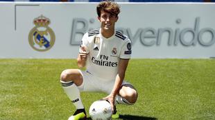Odriozola posa de blanco en el Bernabéu