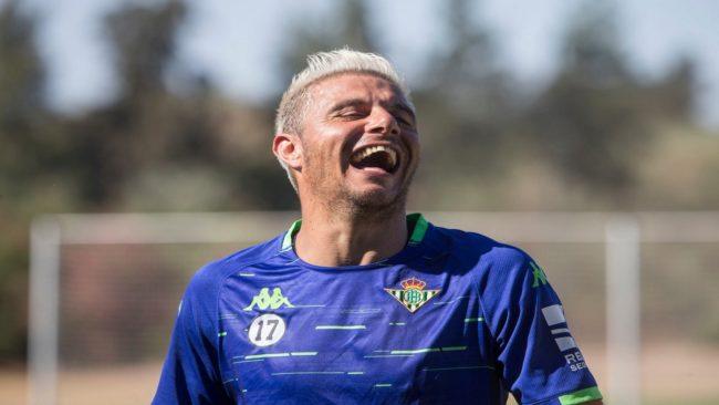 Joaquín, riéndose en un entrenamiento
