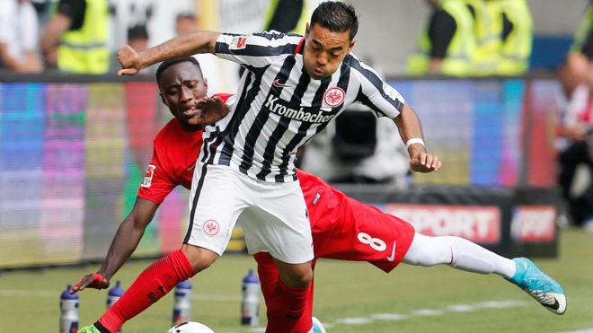 Marco Fabián vivirá su último año en el Eintracht.