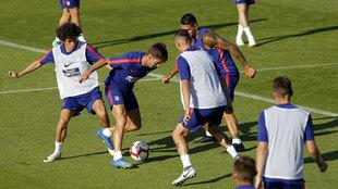 Los jugadores están siendo exigidos al máximo por el cuerpo técnico...