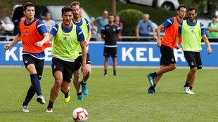 El debut de Mikel Merino con la Real Sociedad tendrá que esperar.
