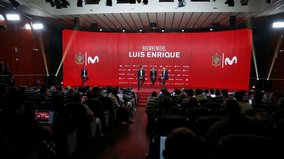 La presentación de Luis Enrique, en el salón Luis Aragonés de la...