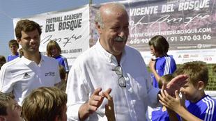 Vicente del Bosque ha acudido al campus que lleva su nombre en...