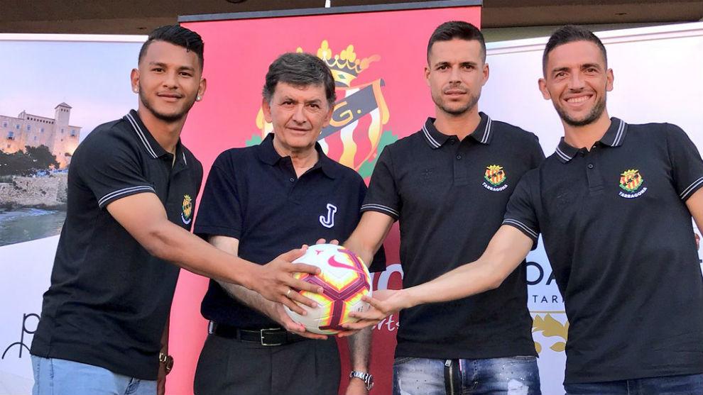 Luis Suárez, Josep Maria Andreu (presidente), Manu del Moral y David...