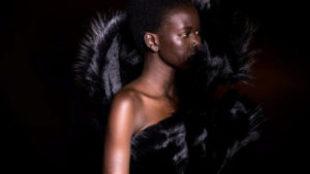Adut Akech en la nueva campaña de Chanel