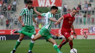 Bartra, durante el partido ante el Rot Weiss Essen