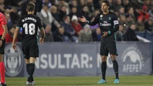 Varane durante un partido con el Real Madrid