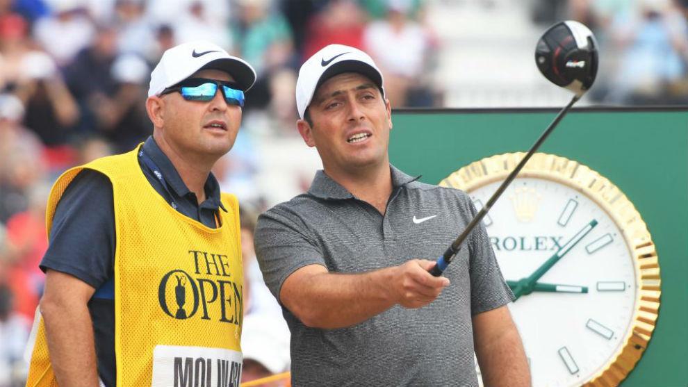 Pello Iguarán, junto a Francesco Molinari en la última vuelta del British Open.