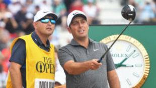 Pello Iguarán, junto a Francesco Molinari en la última vuelta del...