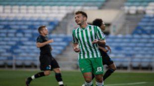 Loren, celebrando su gol