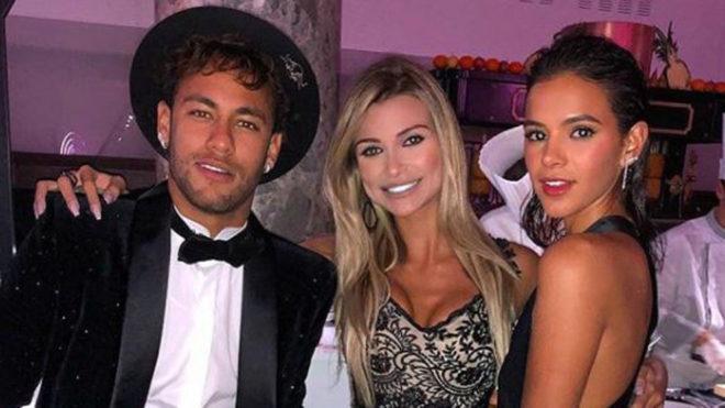 Neymar en la fiesta de su cumpleaños en febrero en París