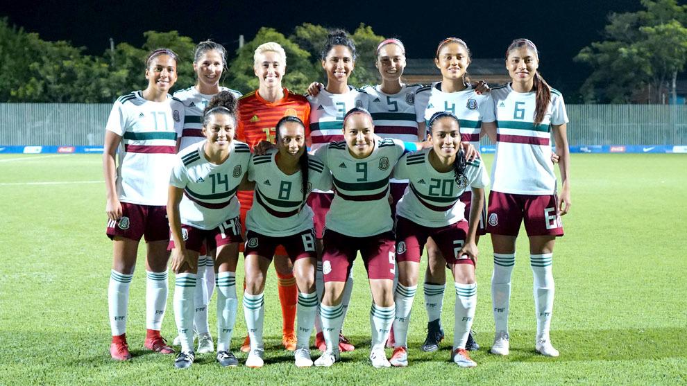 Barranquilla 2018-Fútbol  La selección femenil de México va por su ... 81e03589ea7bd