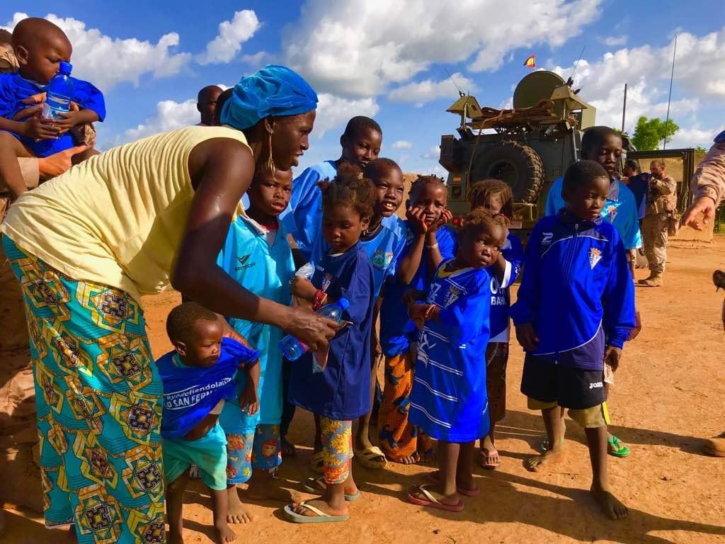 Recibimiento de la ayuda por parte de los habitantes de Mali