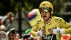 Geraint Thomas celebrando en meta su triunfo en el Tour de Francia.