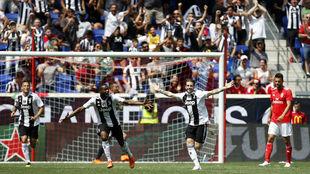 Clemenza celebra el gol del empate tras culminar una jugada individual