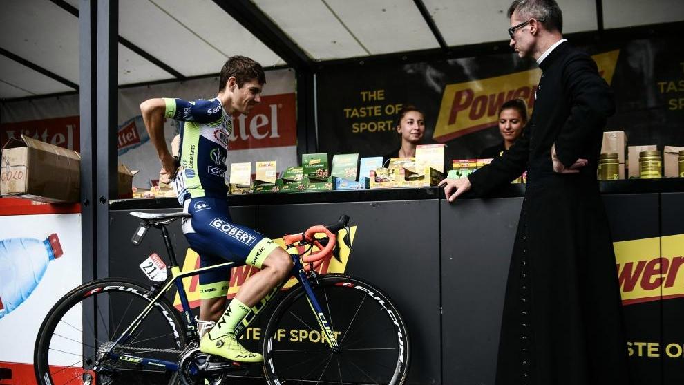 Guillaume Martin, antes de la salida de la 19ª etapa del Tour.