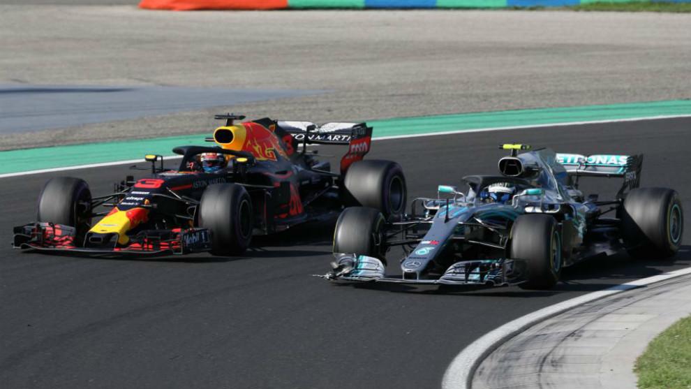 Daniel Ricciardo y Valtteri Bottas