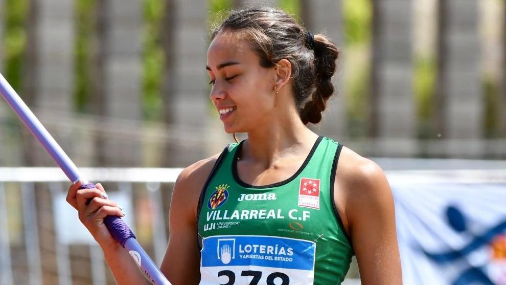 Carmen Ramos compitiendo en heptatlón en el Campeonato de España sub...