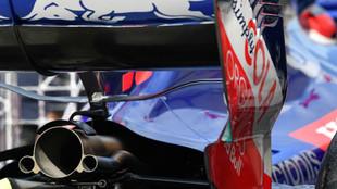 Escape de la Scuderia Toro Rosso.