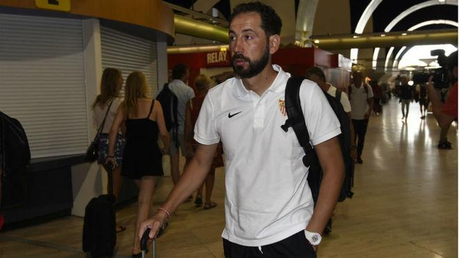 Pablo Machín, en el aeropuerto de San Pablo.