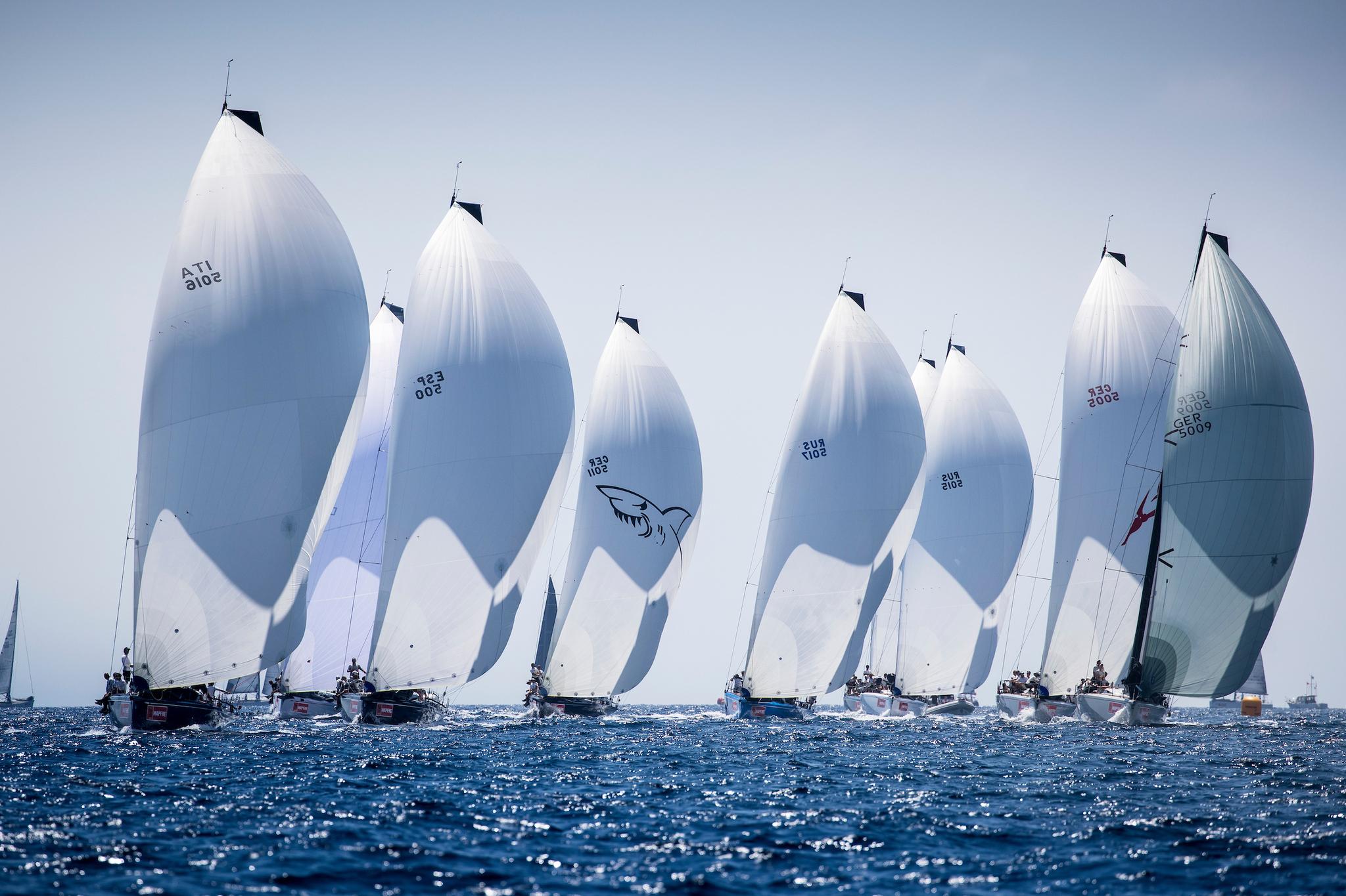 La flota de los Swan 50