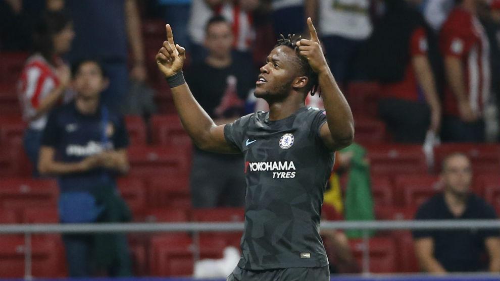 Batshuayi celebrates his goal versus Atletico