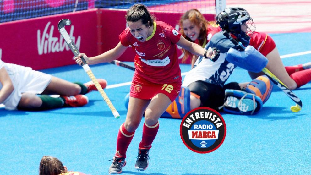 Carmen Cano celebra un gol con España.