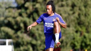 Gelson Martins, realizando ejercicios durante el entrenamiento