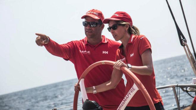Almudena Rivera, la redactora de MARCA, junto a Pablo Arrarte, jefe de...