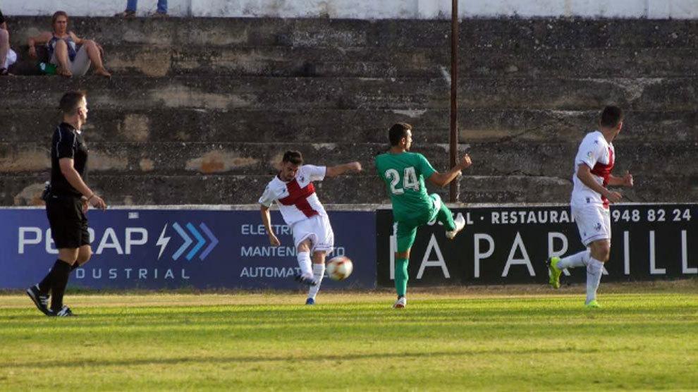Imagen del partido de pretemporada entre el Eibar y el Huesca.