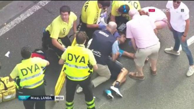 Imagen de Eurosport con Mikel Landa en el suelo tras la caída.