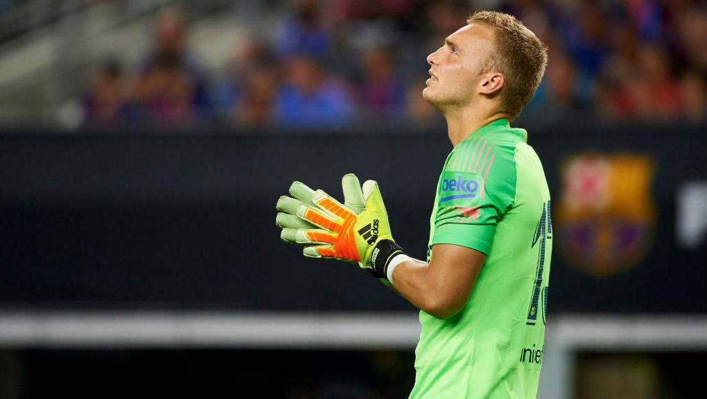 Jasper Cillessen, durante un partido con el Barcelona.