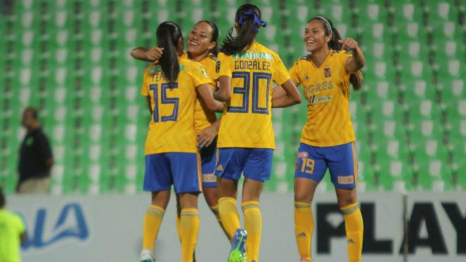 ed85a6ba7a15c Fútbol Femenil  Tigres Femenil golea a las Guerreras y son líderes ...