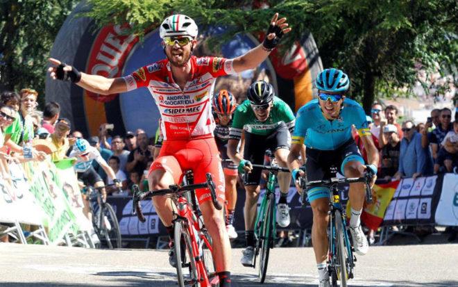 Francesco Gavazzi del equipo Androni Giocatollri, vencedor de la...