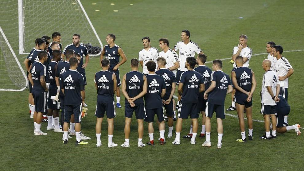 Mateo Kovacic fue presentado como nuevo refuerzo del Chelsea