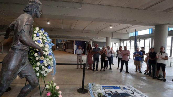 Homenaje a Jarque en el RCDE Stadium