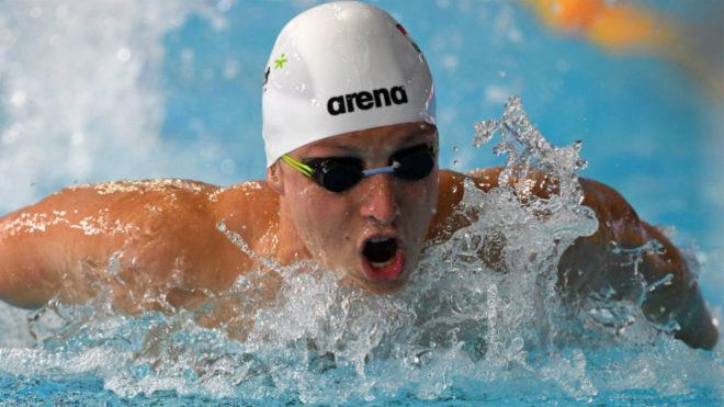 El húngaro David Verraszto, el más rápido en las series de los 400...