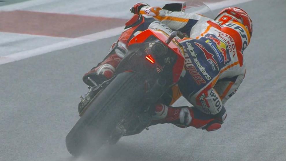Moto GP:Márquez domina tras la tormenta